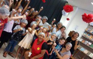 Bookafé Comunidade de Guarulhos promove cursos e recital