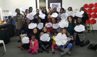 BooKafé Comunidade de Johannesburg promove curso de artes manuais